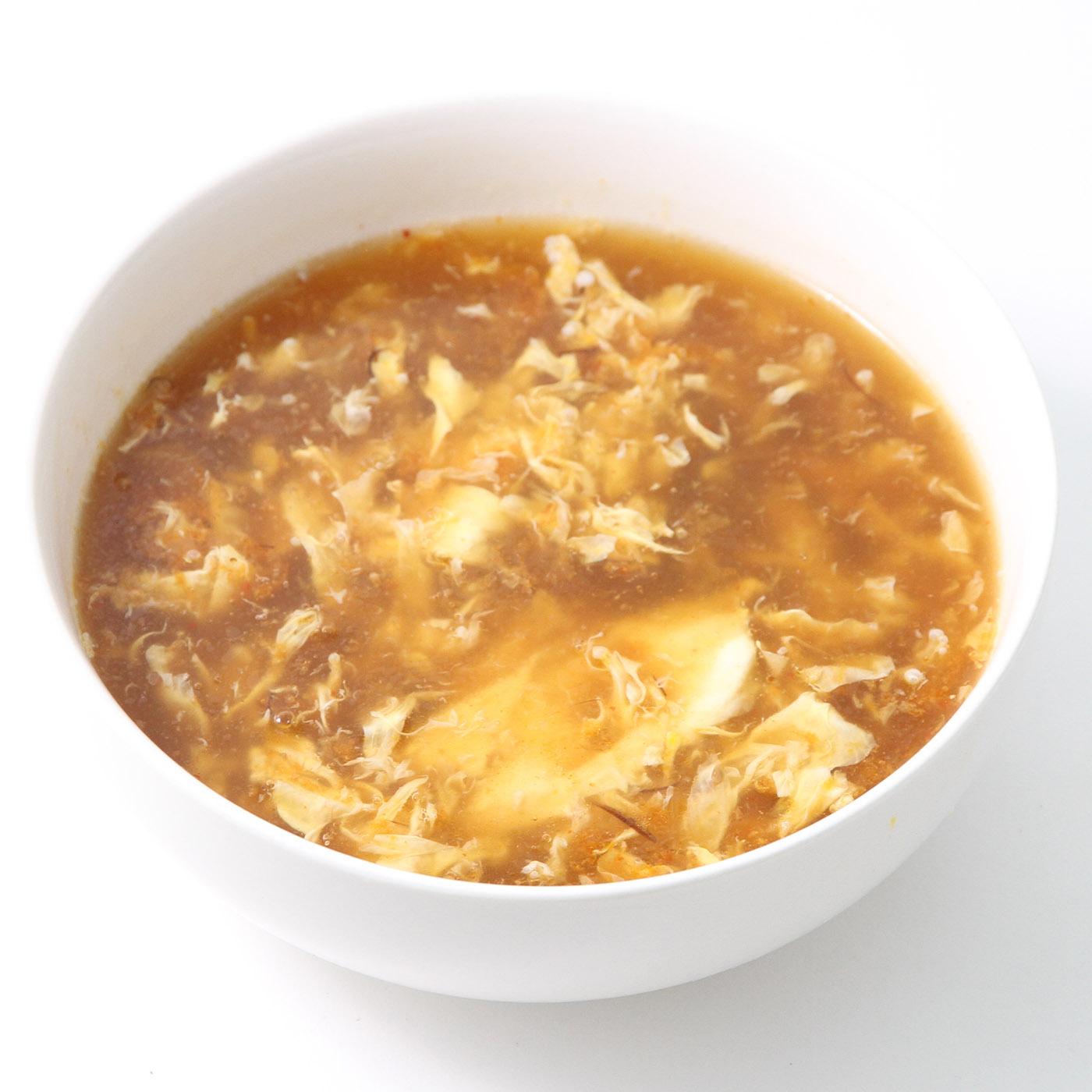 器に入ったふかひれスープ四川風